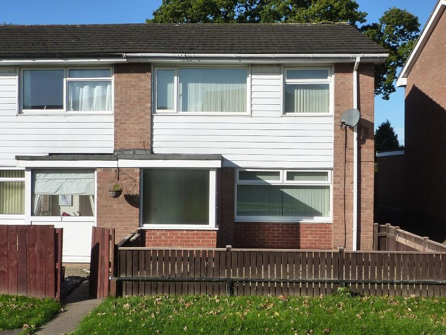 3 Bedrooms Semi Detached House for sale in Ashlands Close, Northallerton