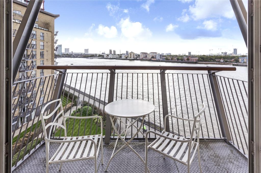 2 Bedrooms Apartment Flat for sale in Westferry Road, Docklands, E14