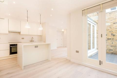 2 bedroom apartment to rent - William IV Street, Covent Garden, WC2N