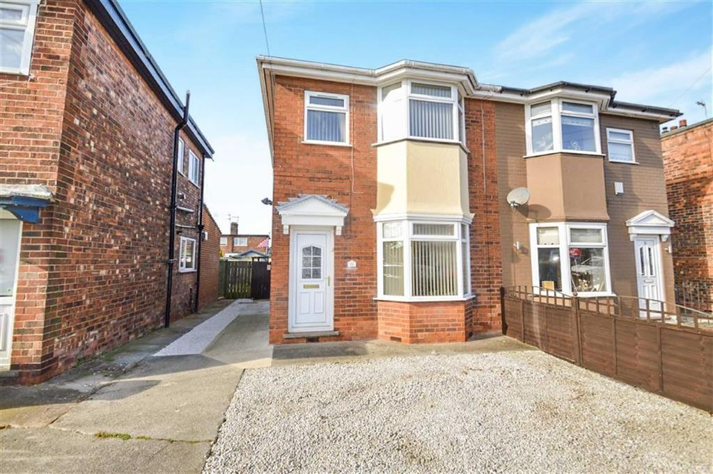 3 Bedrooms Semi Detached House for sale in Kirkstone Road, Hull, HU5