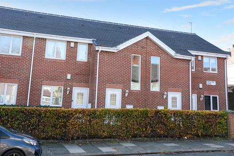 2 bedroom apartment for sale - Town End Court, South End Grove, Bramley