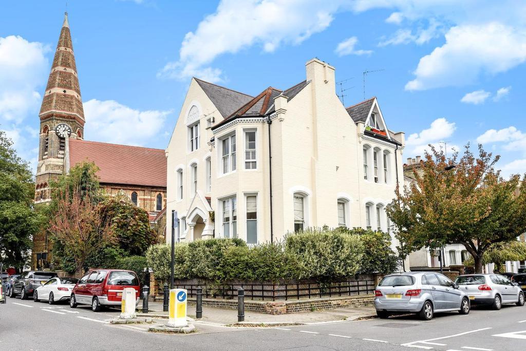 2 Bedrooms Flat for sale in Rockley Road, Brook Green