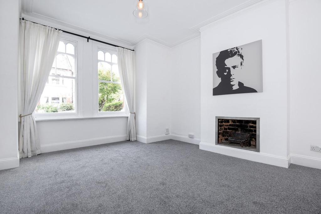 2 Bedrooms Maisonette Flat for sale in Merton Hall Road, Wimbledon