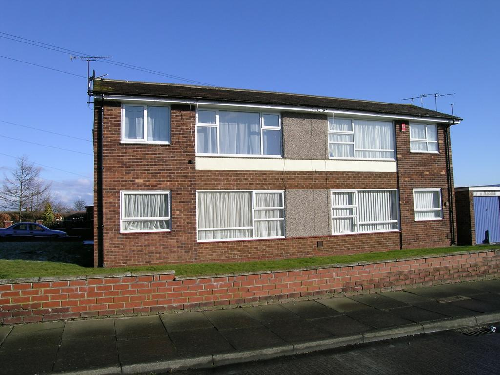 1 Bedroom Flat for sale in Lesbury Avenue, Stakeford, Choppington NE62