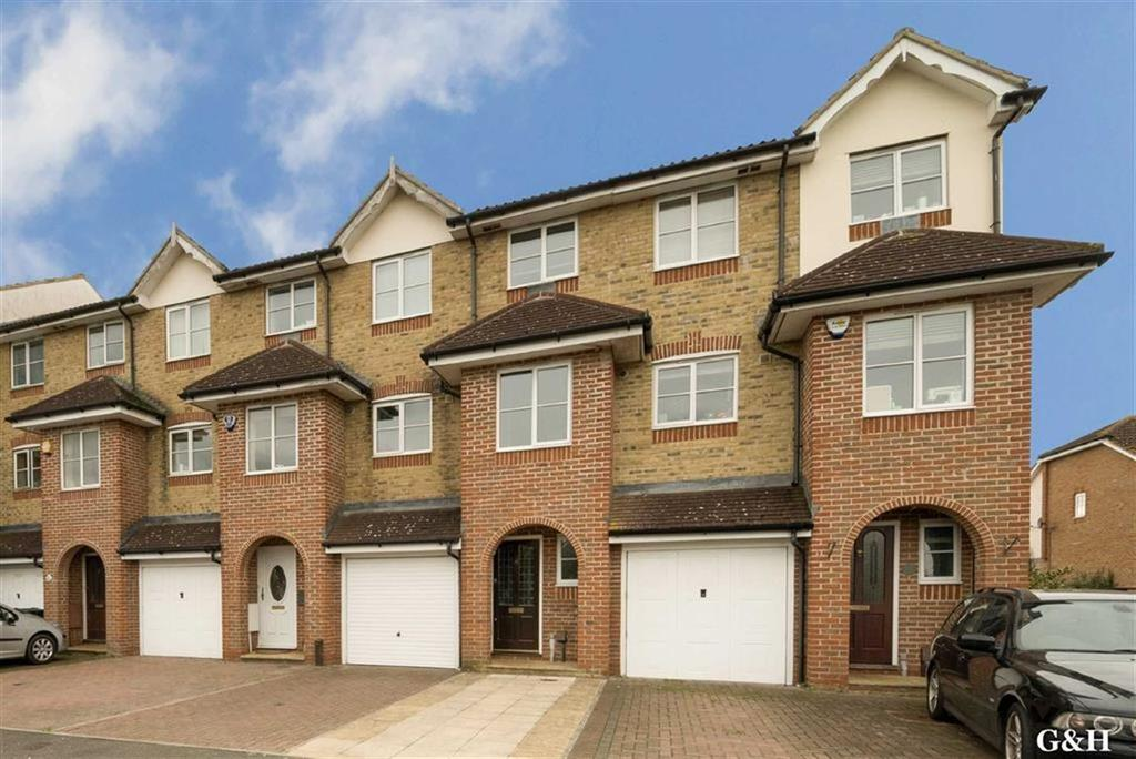 4 Bedrooms Town House for sale in Manor House Drive, Ashford, Kent