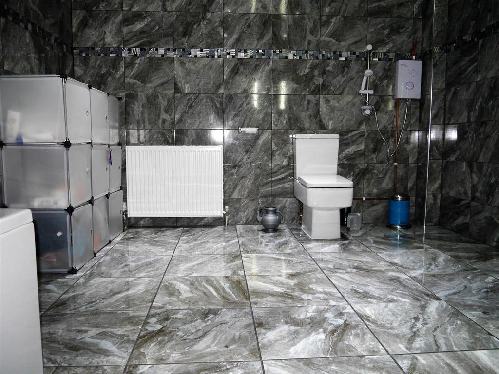Bath d.jpg