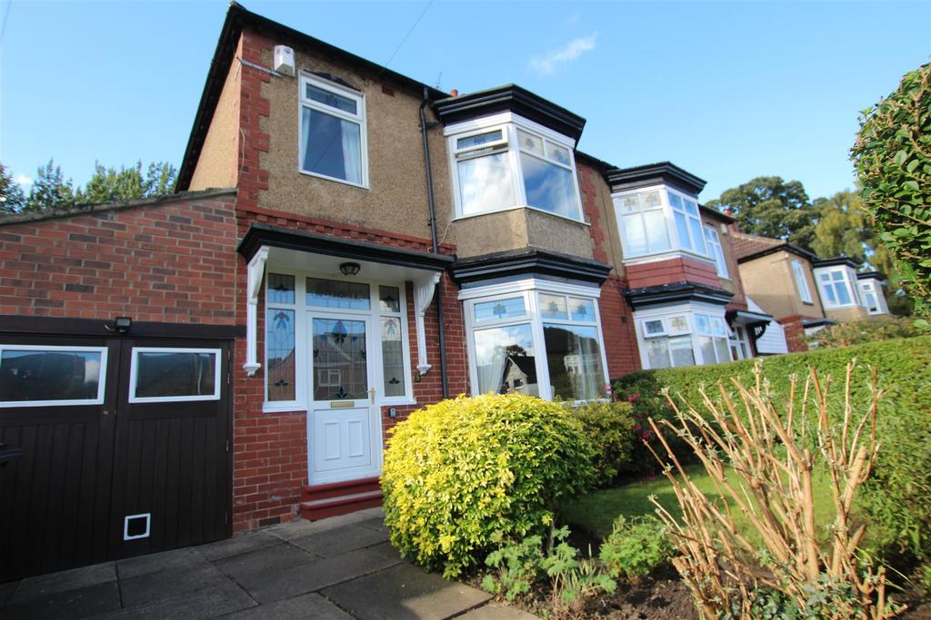 3 Bedrooms Semi Detached House for sale in Dene Grove, Darlington