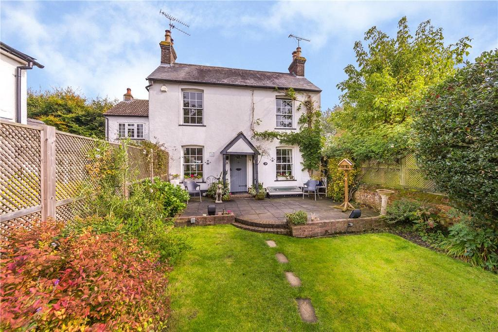 3 Bedrooms Detached House for sale in East Common, Redbourn, St. Albans, Hertfordshire