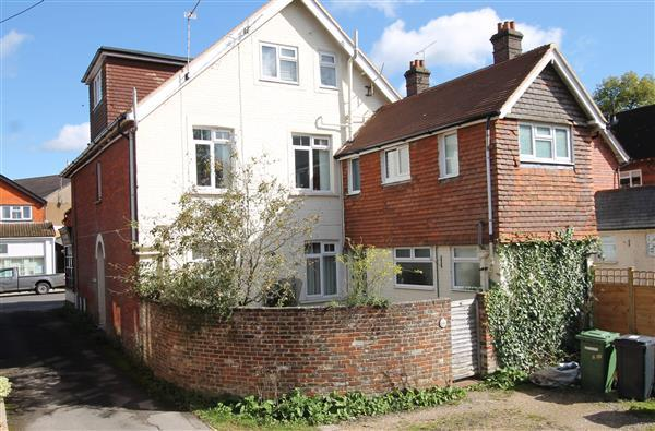 1 Bedroom Apartment Flat for sale in The Courtyard, The Glen House, Crossways Road, Grayshott