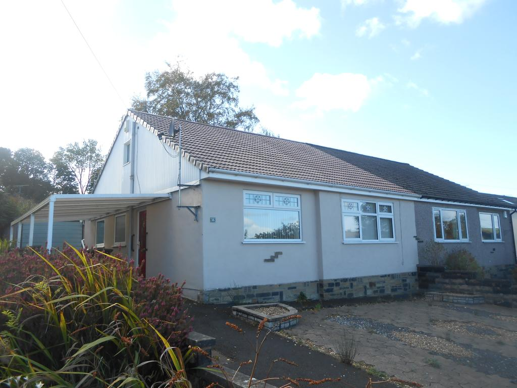 2 Bedrooms Semi Detached Bungalow for sale in Greenside Lane, Cullingworth BD13