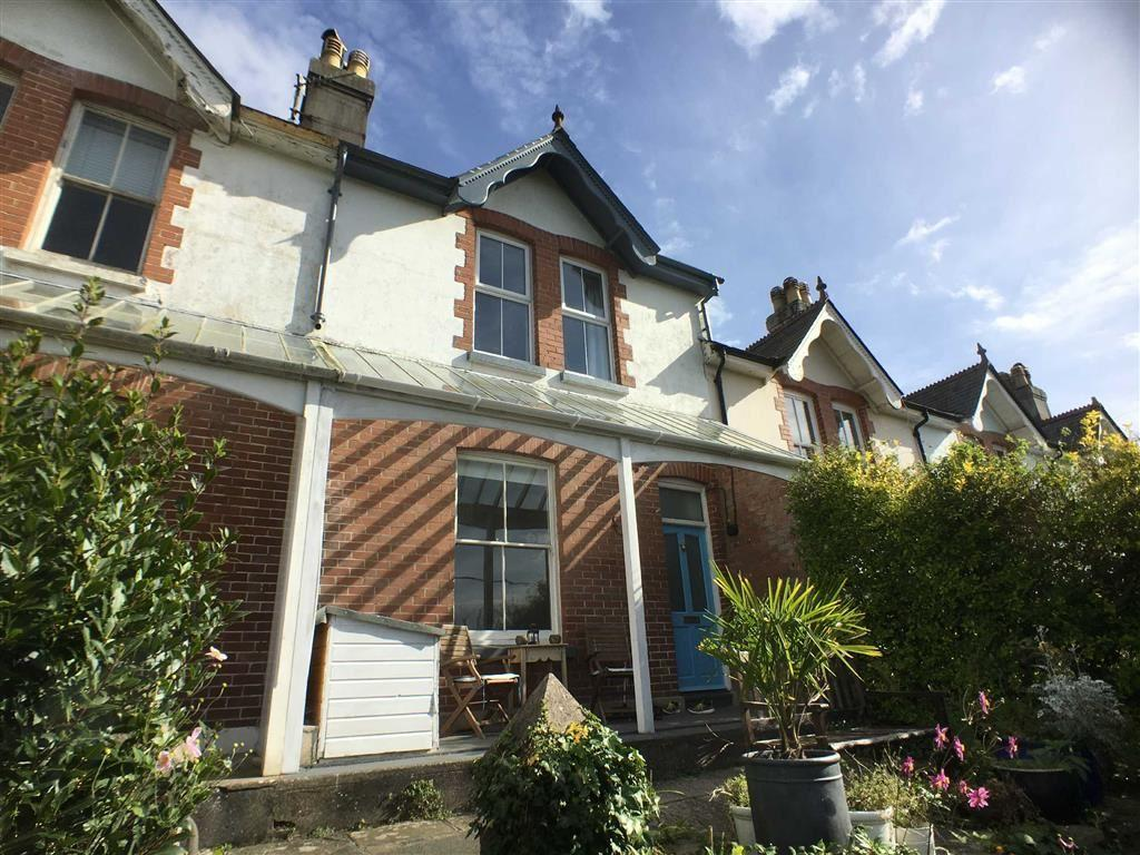 3 Bedrooms Semi Detached House for sale in Wallingford Road, Kingsbridge, Devon, TQ7