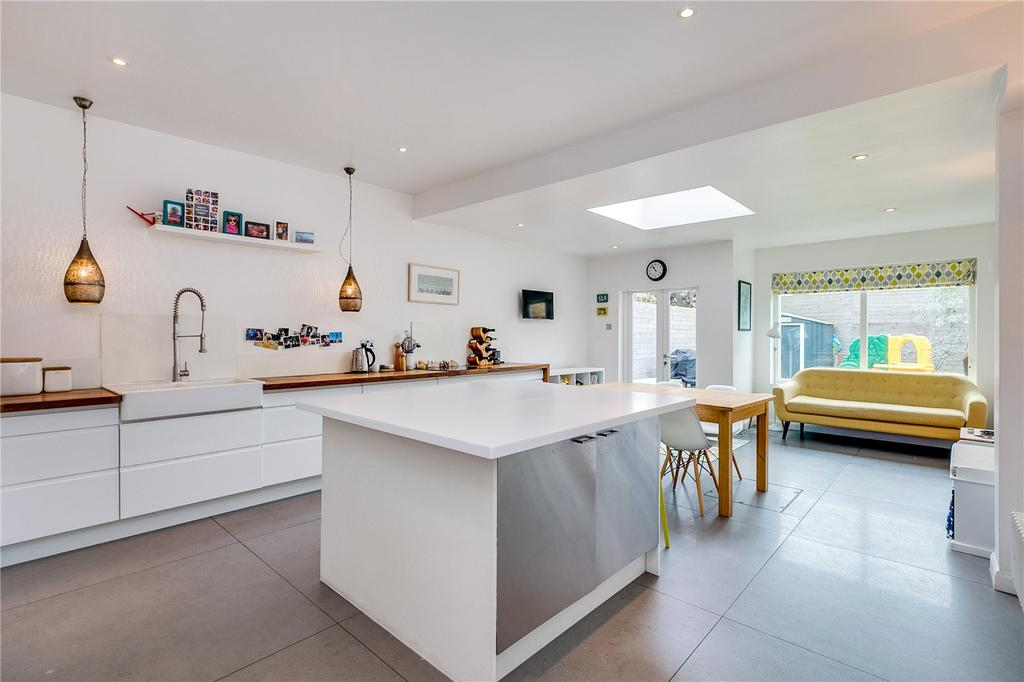 4 Bedrooms Terraced House for sale in Avenue Gardens, East Sheen, London