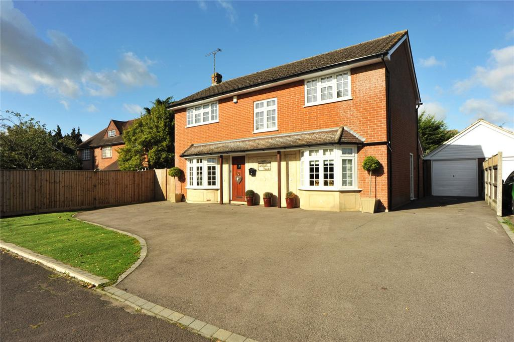 4 Bedrooms Detached House for sale in Willow Green, Ingatestone, Essex, CM4
