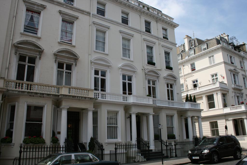 7 Bedrooms Town House for sale in Queensberry Place, South Kensington, London SW7