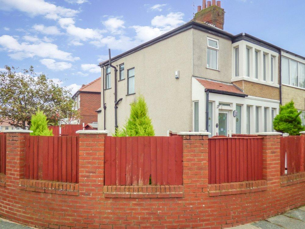 3 Bedrooms End Of Terrace House for sale in Canada Crescent, Bispham, Blackpool