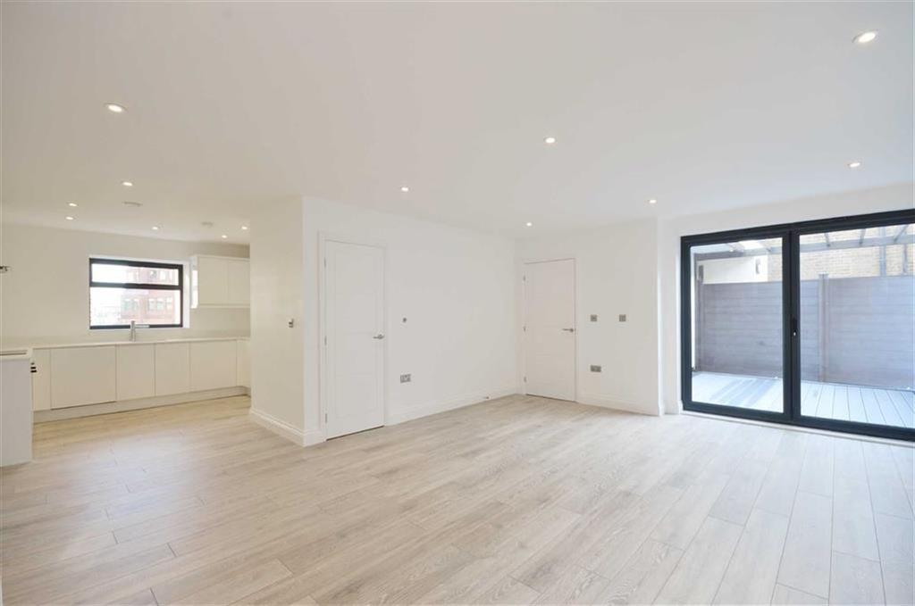 3 Bedrooms Apartment Flat for sale in The Parade, Watford, Hertfordshire