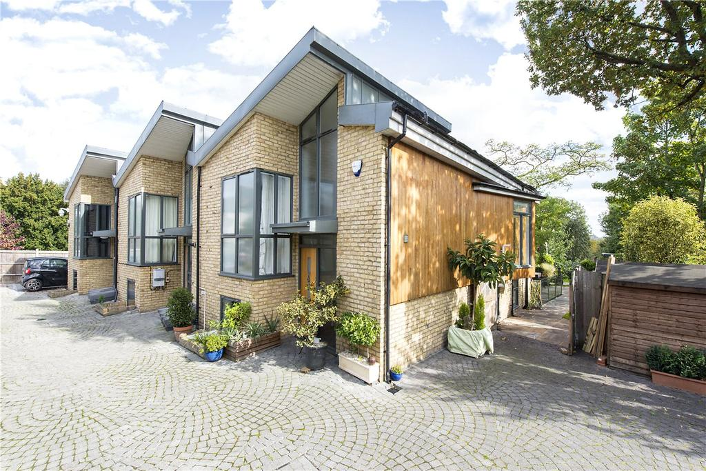 3 Bedrooms End Of Terrace House for sale in Royal George Mews, London, SE5