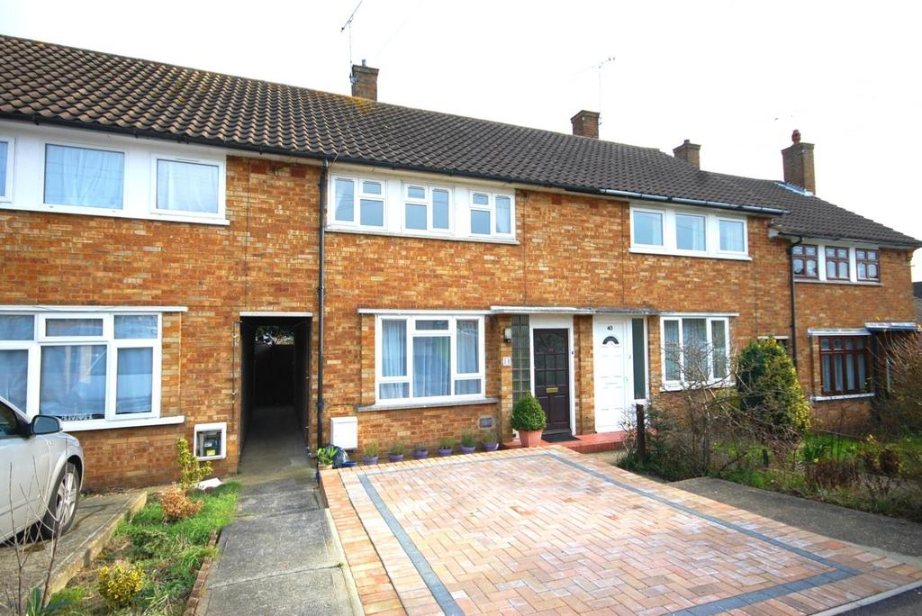 2 Bedrooms Terraced House for sale in Birkbeck Road, Hutton, Brentwood, Essex, CM13