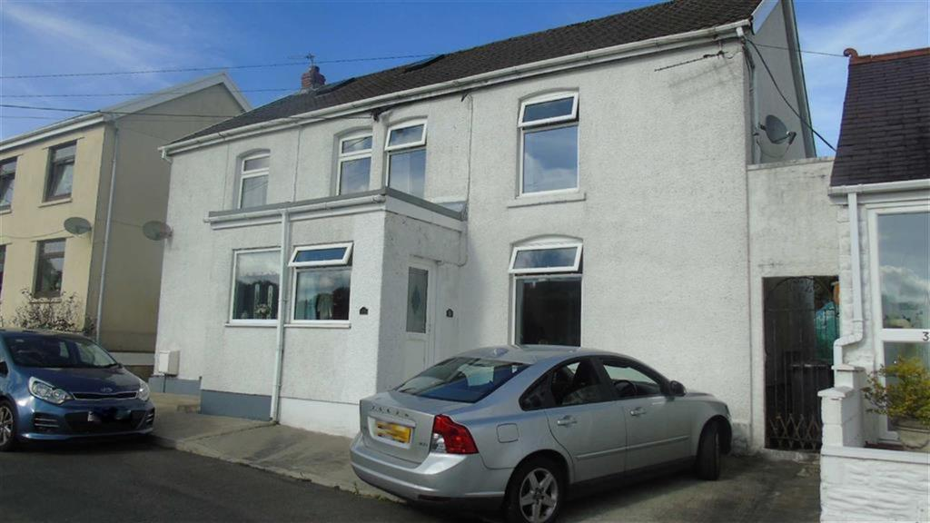 3 Bedrooms Semi Detached House for sale in Graig Road, Ammanford, SA18