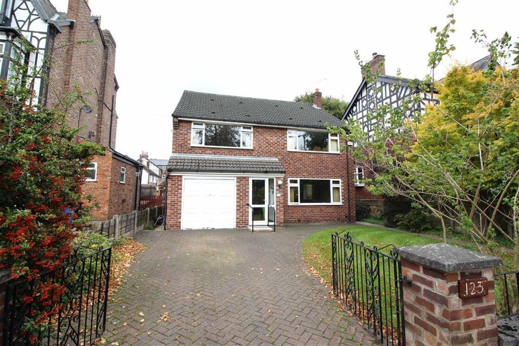 4 Bedrooms Detached House for sale in Broad Road, Sale