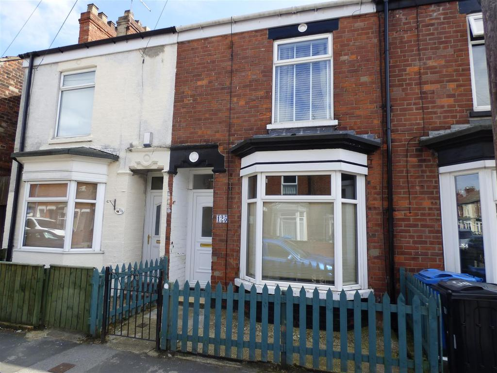 2 Bedrooms Terraced House for sale in Thoresby Street, Hull