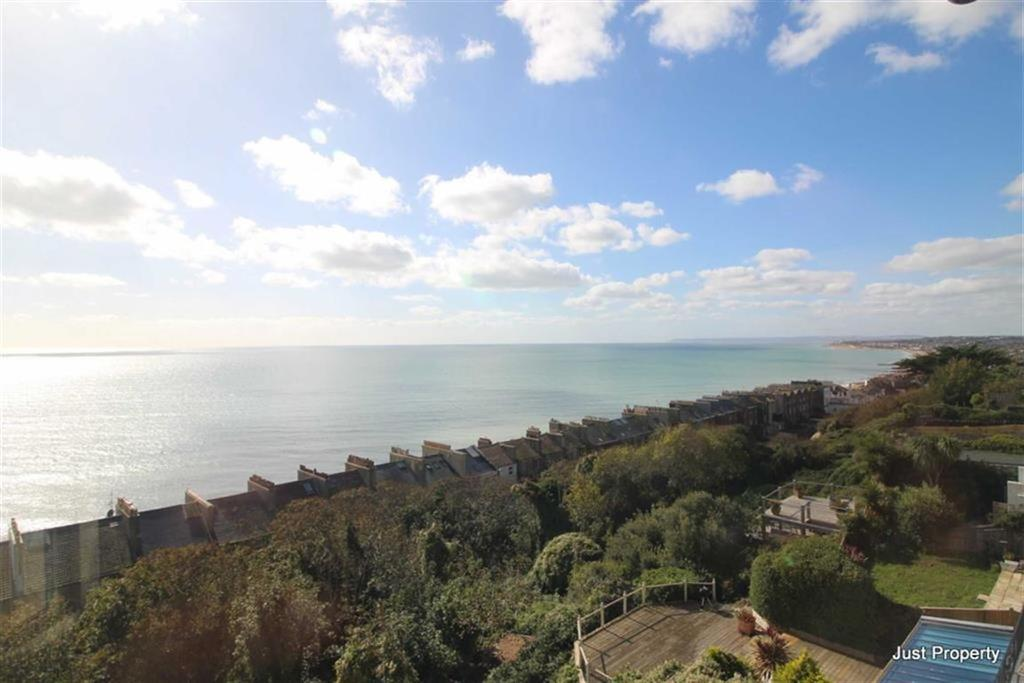 2 Bedrooms Apartment Flat for sale in West Hill Road, St Leonards On Sea