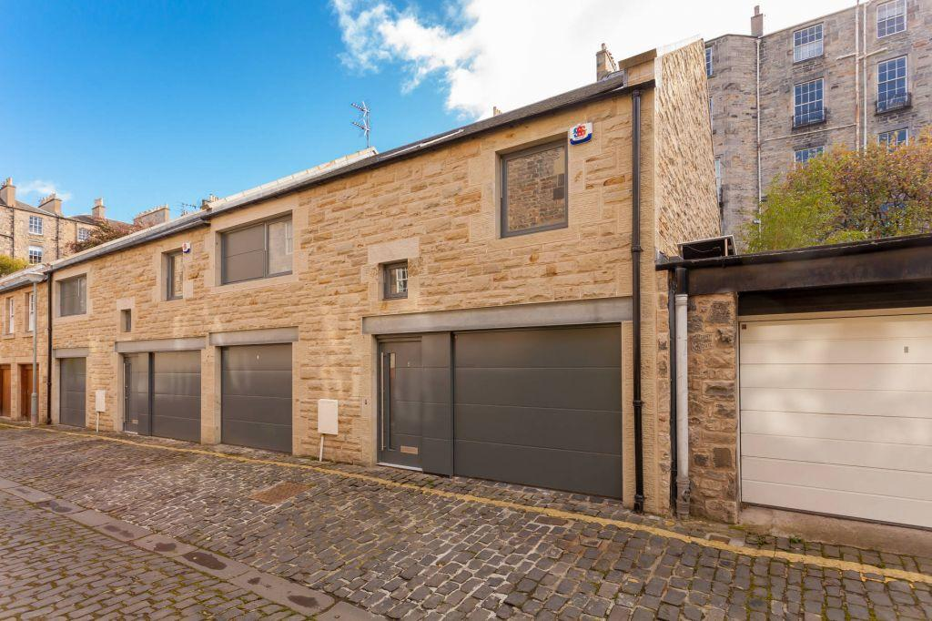 4 Bedrooms Mews House for sale in 6 SW Cumberland Street Lane, New Town, Edinburgh, EH3 6RB