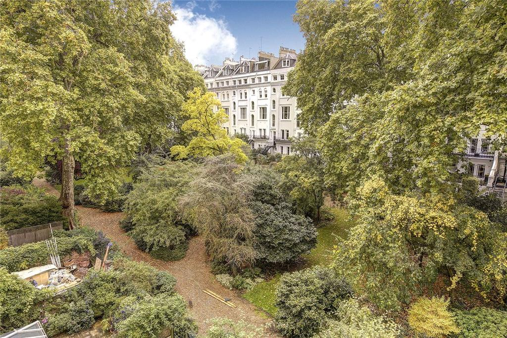 2 Bedrooms Flat for sale in Arundel Court, Arundel Gardens, Notting Hill, London, W11