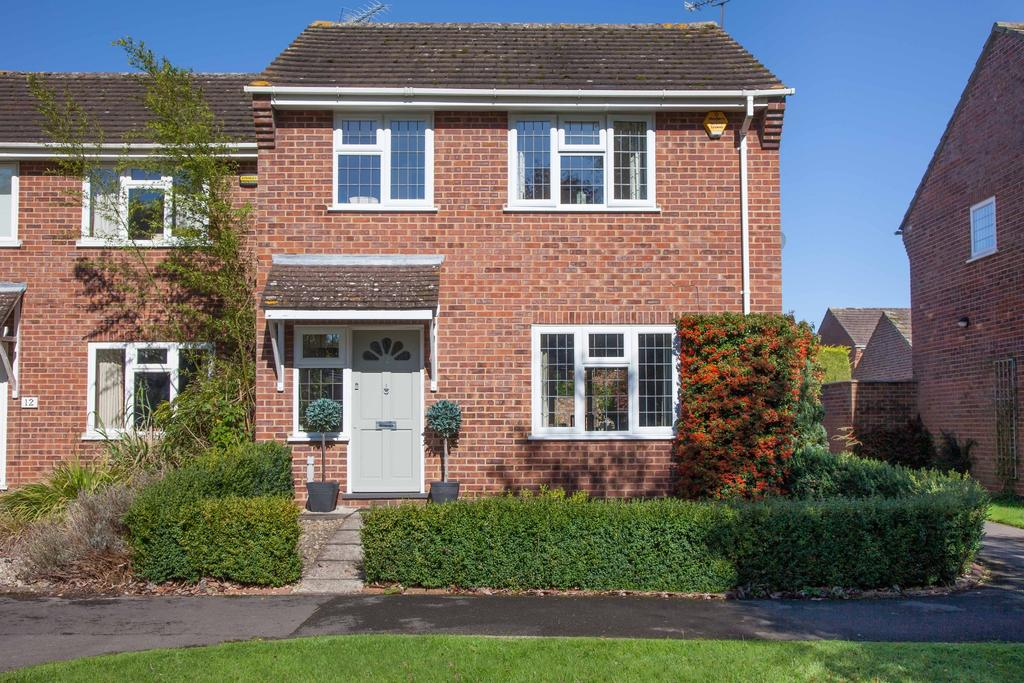 3 Bedrooms End Of Terrace House for sale in Seer Green