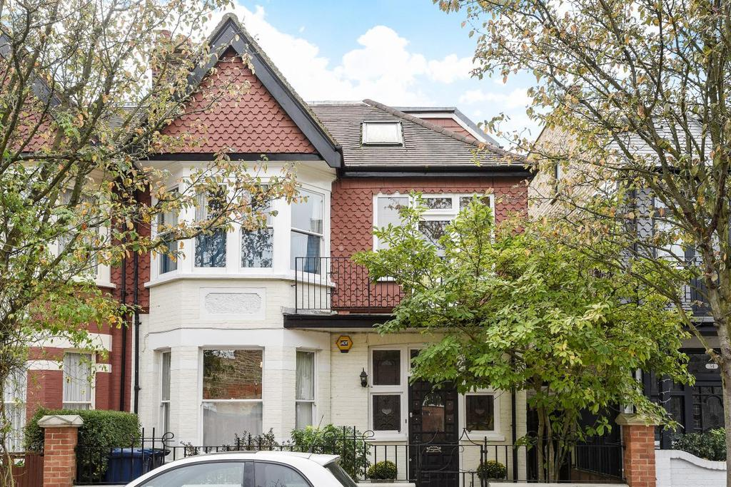 5 Bedrooms Semi Detached House for sale in King Edwards Gardens, Acton