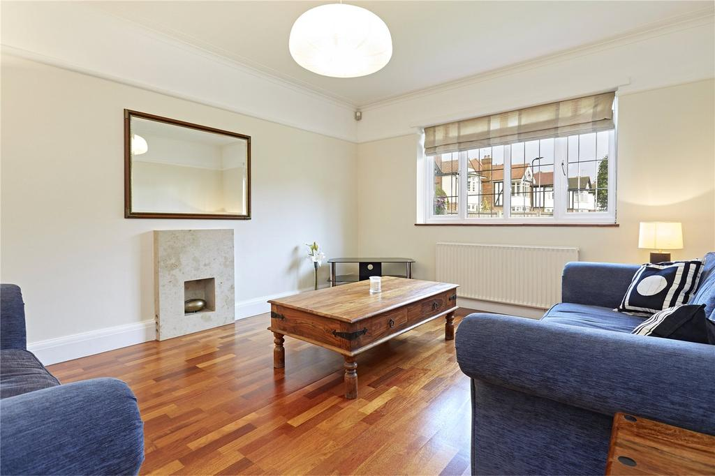 2 Bedrooms Flat for sale in Baronsmede Court, Baronsmede, London, W5