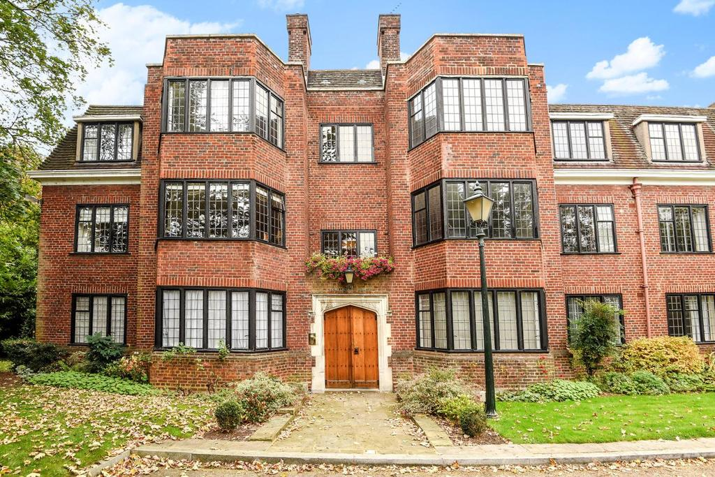 2 Bedrooms Flat for sale in Manor Fields, Putney