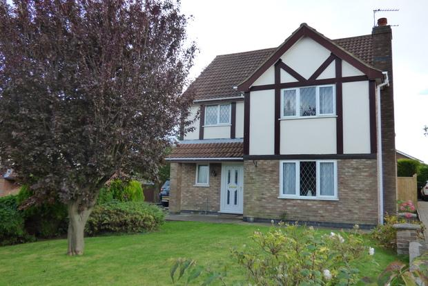 3 Bedrooms Detached House for sale in Hill Rise, Louth, LN11