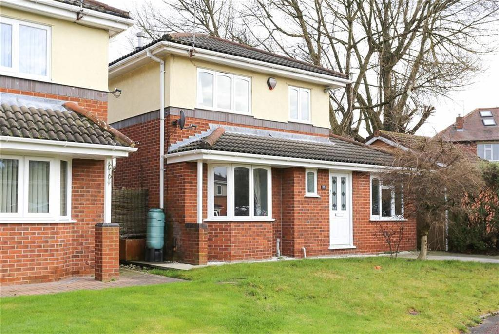 3 Bedrooms Detached House for sale in Clover Avenue, Davenport, Stockport