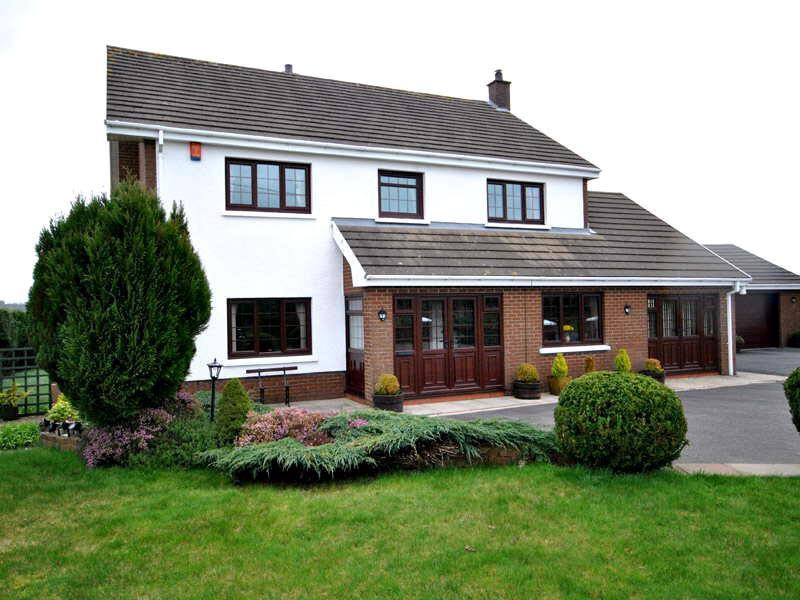 4 Bedrooms House for sale in Llynyfran Road, Llandysul
