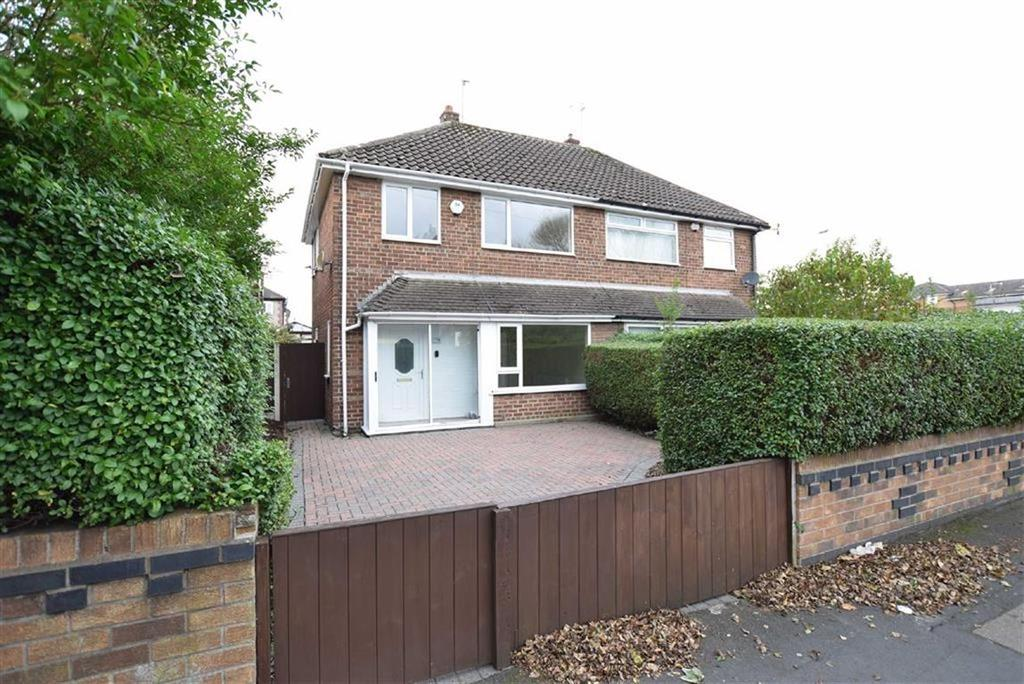 3 Bedrooms Semi Detached House for sale in Reeds Lane, CH46
