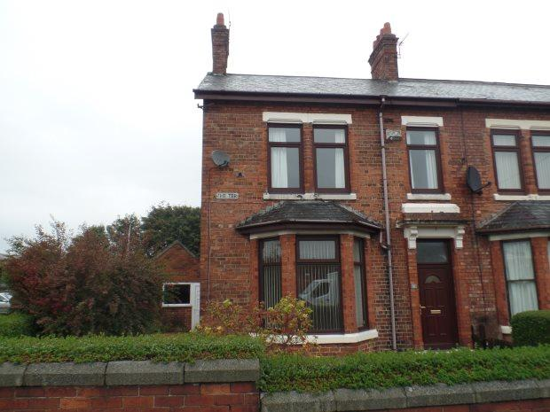 3 Bedrooms Terraced House for sale in THE TERRACE, SHOTTON, PETERLEE AREA VILLAGES