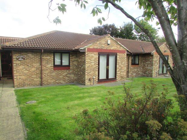 2 Bedrooms Terraced Bungalow for sale in STAINDALE PLACE, BROOKE ESTATE, HARTLEPOOL