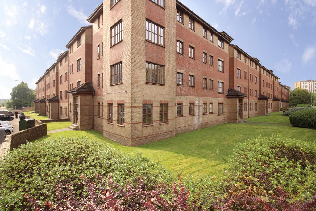 2 Bedrooms Flat for sale in G/2 2 Greenlaw Road, Yoker, G14 0PG