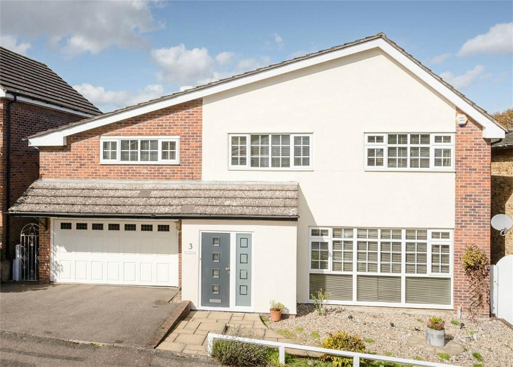 5 Bedrooms Detached House for sale in Carrigans, BISHOP'S STORTFORD, Hertfordshire