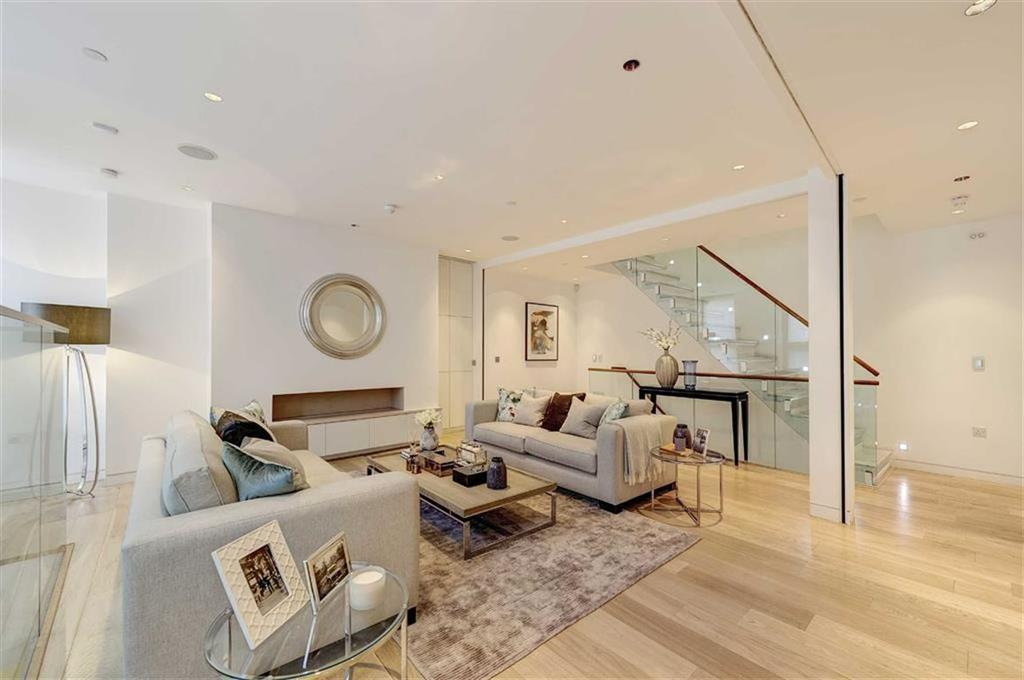 4 Bedrooms House for sale in Duke's Mews, Marylebone, London, W1U