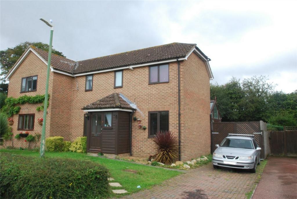 2 Bedrooms Semi Detached House for sale in Lenham