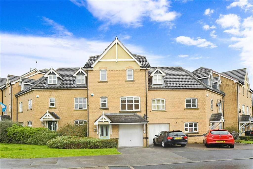 4 Bedrooms Town House for sale in Nightingale Drive, Harrogate, North Yorkshire