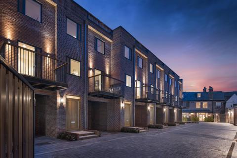 3 bedroom townhouse for sale - 4 Nelson's Yard, Dennis Street, York YO1 9AA