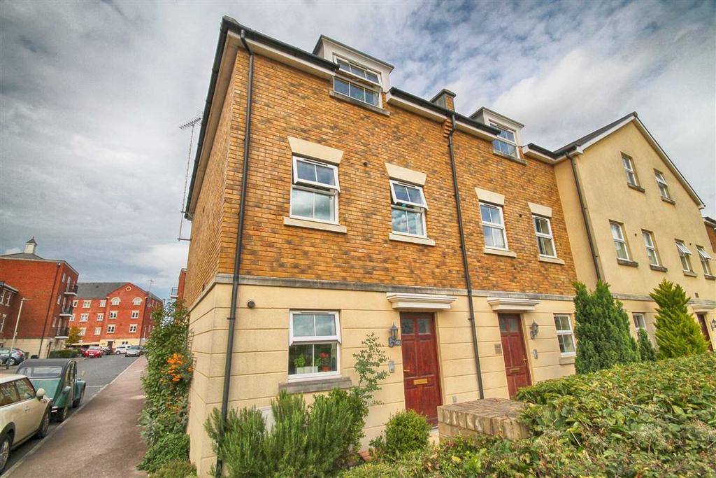 4 Bedrooms Town House for sale in Brookbank Close, Cheltenham, GL50