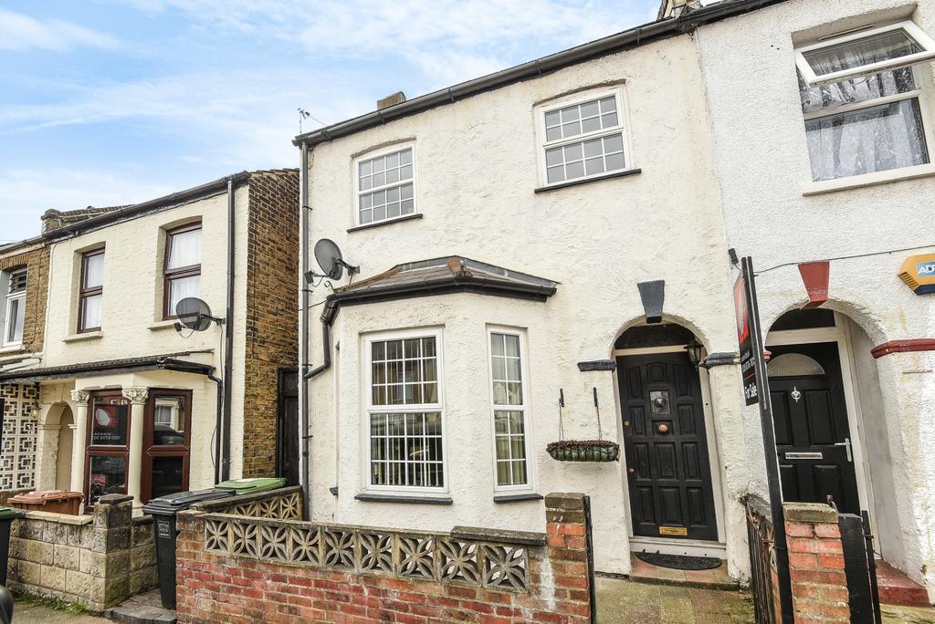 3 Bedrooms End Of Terrace House for sale in Larkbere Road London SE26