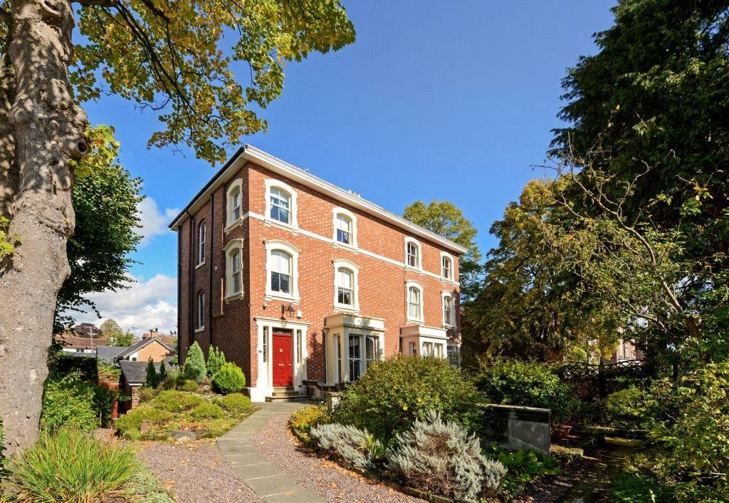 5 Bedrooms Semi Detached House for sale in Chester, Cheshire