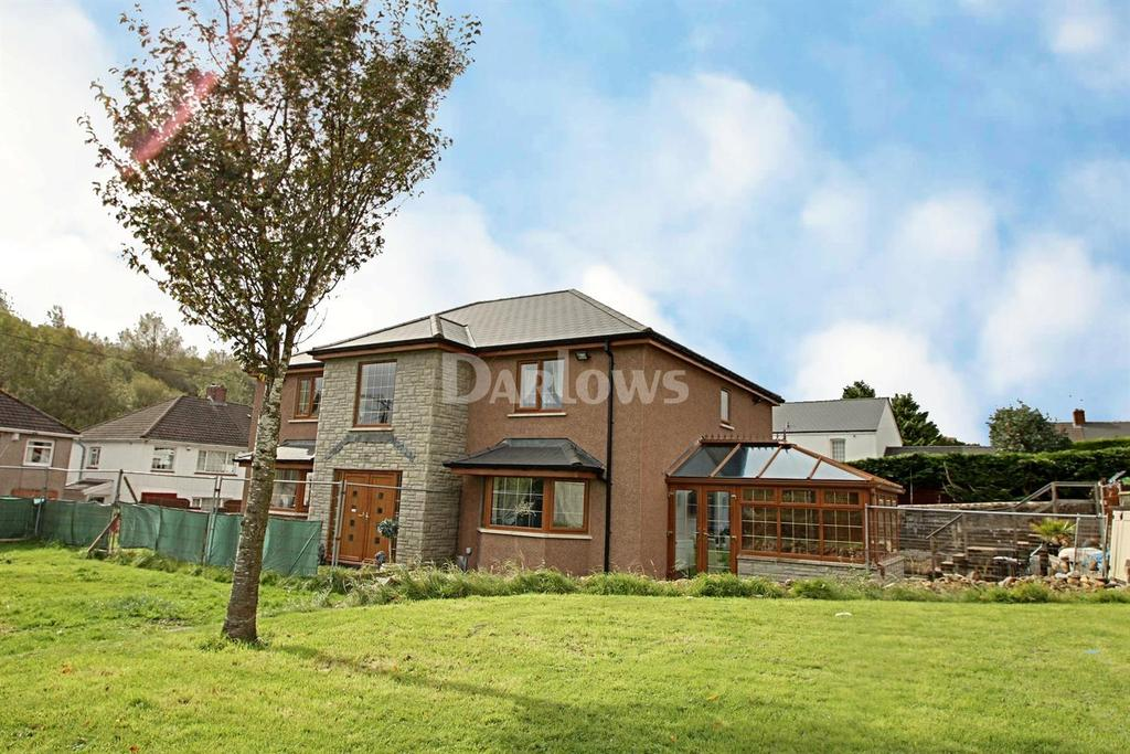5 Bedrooms Detached House for sale in Rassau, Ebbw Vale, Blaenau Gwent
