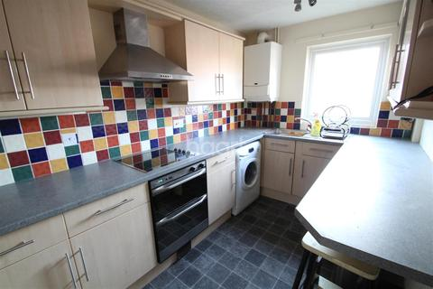 3 bedroom semi-detached house to rent - Norwich