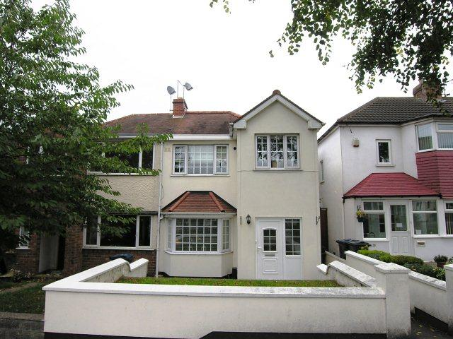 4 Bedrooms Semi Detached House for sale in Goodway Road,Great Barr,Birmingham